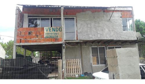 Casa Tipo Duplex En Las Toscas!!  A  Terminar..!!