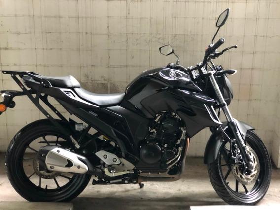 Yamaha Fzn250 Negra