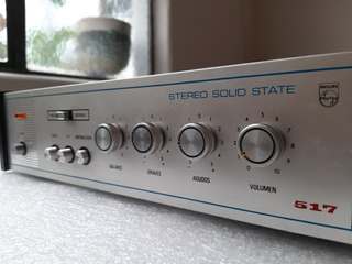 Amplificador Philips - Modelo 517