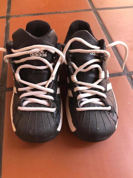 Zapatillas adidas Negra Excelente Estado Ta
