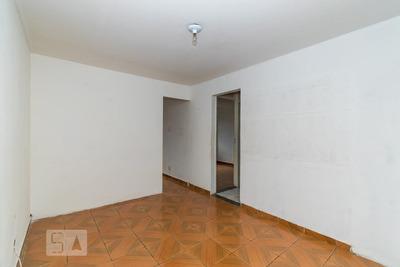 Apartamento No 1º Andar Com 2 Dormitórios E 1 Garagem - Id: 892917925 - 217925