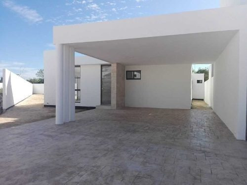 Casa En Venta En Privada Fontana, Zona City Center. Cv-5730