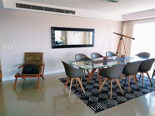 Departamento De 2 Suites En Aquarela Tower- Ref: 1954