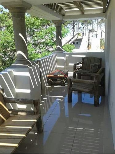Casa En La Barra, 4 Dormitorios *- Ref: 3371