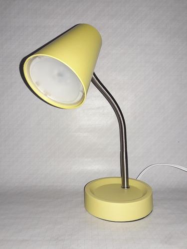 Imagen 1 de 4 de Lámpara Para Escritorio Led.nuevo. Luz Led Integrados Irrem