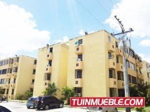 Apartamento En Venta En Ciudad Alianza Guacara 19-8663 Valgo