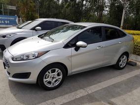Ford Fiesta Se Mecánico Sedan