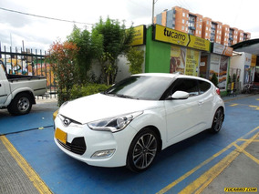 Hyundai Veloster Hatch Back