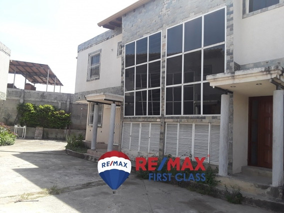 En Venta Town House Barinas Cod: 414697