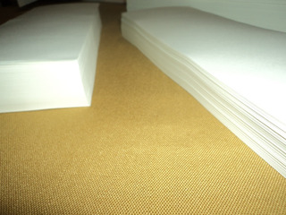 Papel Ahuesado Bookcel A6 80gr X 4000 Hojas