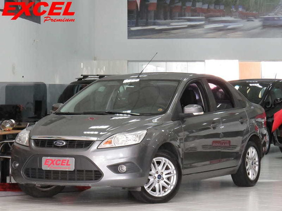Ford Focus Sedan 1.6 16v 4p