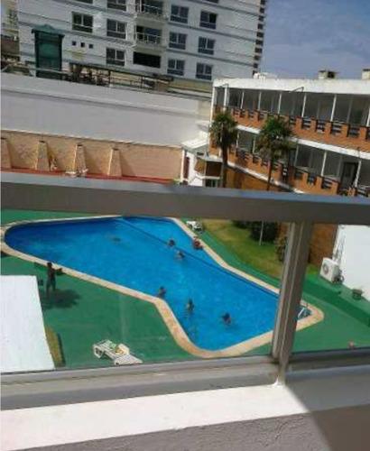 Imagen 1 de 12 de Alquilo Apartamento Edificio Península 25 Esquina Gorlero