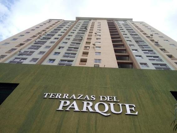 Apartamento En Venta En Kerdell Valencia 20-6901 Ys