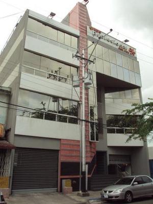 Oficina En Venta Av. Fuerzas Aereas Maracay Hecc 17-7534