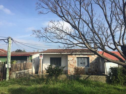 Casa Céntrica En Las Piedras - Inmobiliaria Rossi