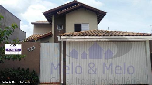 Casa Para Venda Em Bragança Paulista, Santa Helena, 3 Dormitórios, 3 Suítes, 1 Banheiro - 1272_2-832342