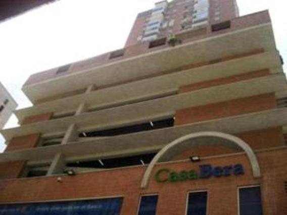 Ls Vende Apartamento La Candelaria 20-21181