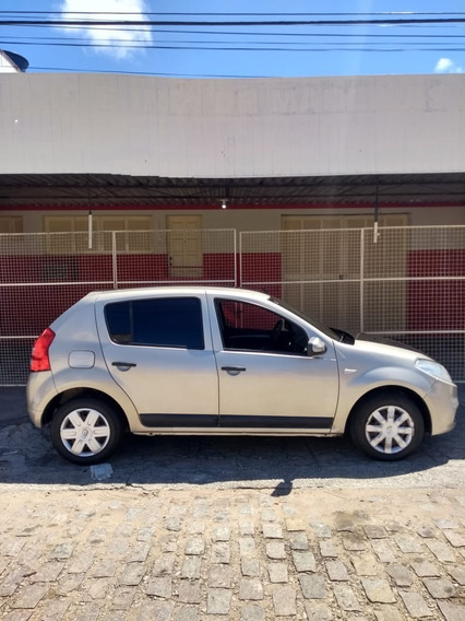Renault Sandero 1.6/ 2012