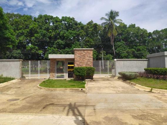 Casa En Venta Parque Victoria