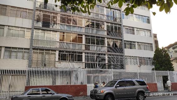 Precio De Oportunidad En Buena Zona Residencial.