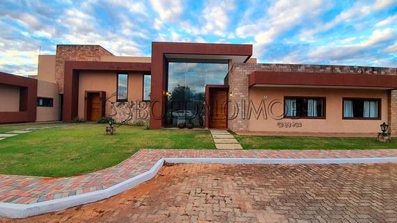 Park Way - Uma Casa De 400m² + Casa De Apoio De 300m, Lazer Completo E Área Verde. - Villa124693