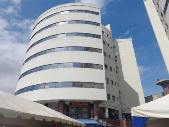 Oficina En Alquiler Valles De Camoruco Mz 20-5326