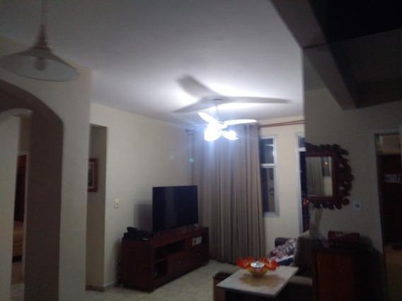 Vende Apartamento De 2 Quartos Na Rua Cândido Benefício, Centro Da Praça Seca. - Ap11299 - 34475006