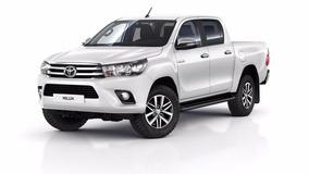 Toyota Hilux 2017 Automatica Negra Con 2000km