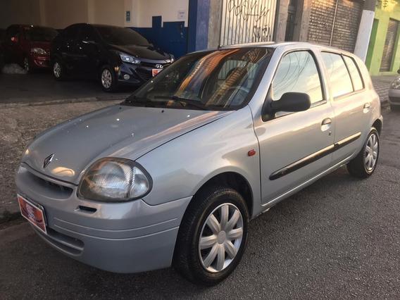 Renault - Clio Rl 1.0 - 2001