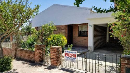 Casa + Departamento En Villa Carlos Paz