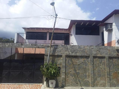 Casa En Venta Borburata Mz 18-8659