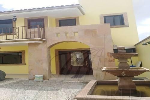 Hermosa Casa En Venta En Ixtapan De La Sal