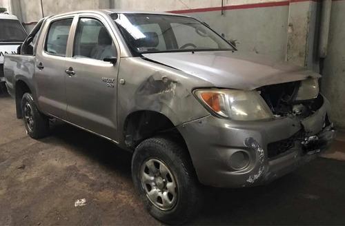 Toyota Hilux 2.5 4x4 Chocada Al Día Con 08 - Para Transferir