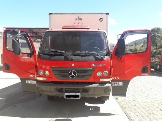 M. Benz / Accelo 815 - Super Conservado