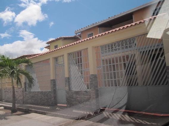Quinta En Venta La Morita Ii, Santa Rita 20-9855 Hcc