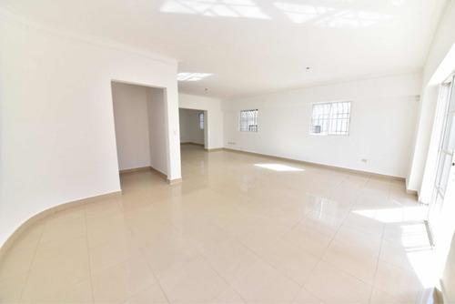 Imagen 1 de 6 de Apartamento En Alquiler- Evaristo Morales