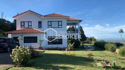 Casa Arriendo 320m² Altos De Yerbabuena Chia Ub19738