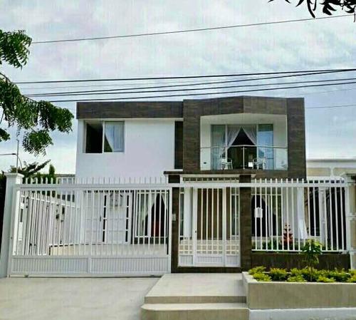 Casa De 2 Pisos Remodelada - Ciudad Jardín-bquilla - Directa
