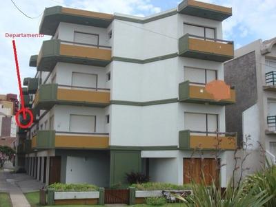 Villa Gesell 2 Amb. Calle 301 Y Playa (quincena-semana)