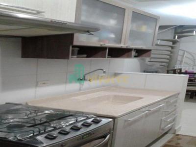 Sobrado Em Condomínio Jardim Sto. Antonio - Poá - 2006