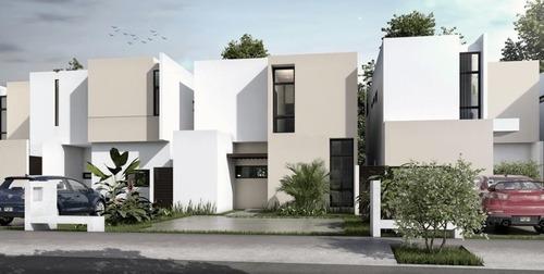 Casa En Venta, Privada Conkal Zona De Alta Plusvalía Cv-6381