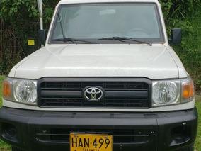 Toyota Land Cruiser 100 Land Cruiser79