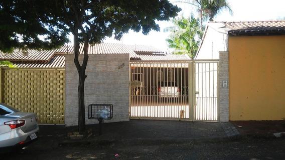 Casa 3 Quartos, 5 Vagas, Piscina. Bairro Santa Monica. - 2188