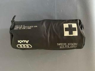 Kit Primeiros Socorros Audi