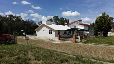 Casa Campestre De Una Planta, 3 Recámaras Y 2 Baños.