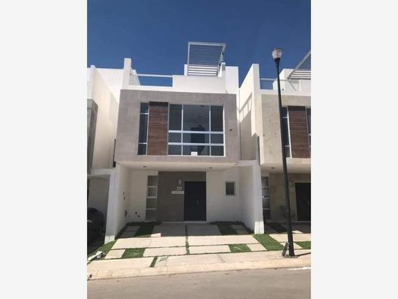 Casa Sola En Renta El Manantial Residencial