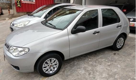Fiat Palio Celebration 1.0 Prata 2014