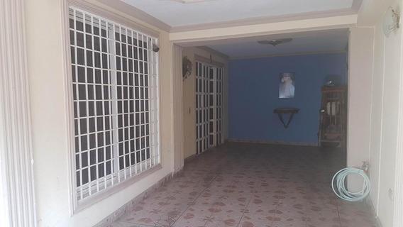 04126887776 # 20-4226 Casa En Venta Coro Centro