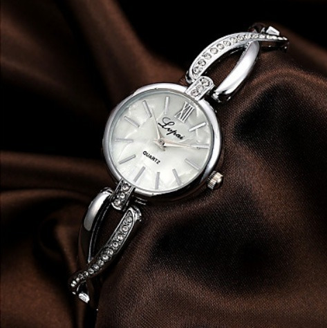 Relógio De Pulso Diamante Quartzo Prata