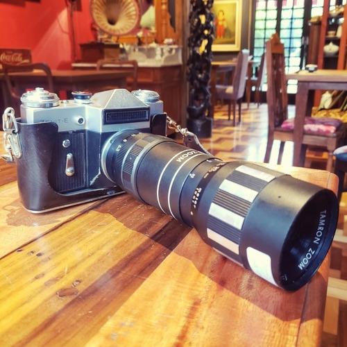 Câmera Zenit -e Antiga (nao Funciona) Com Lente 205mm